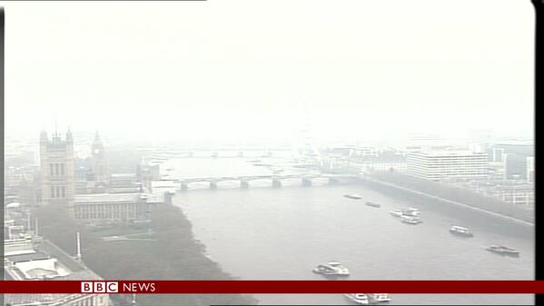 London shrouded in #smog with more air #pollution expected in parts of UK http://t.co/bKVBnSYfoQ http://t.co/ahcPRKLMd2
