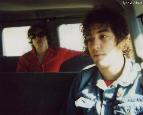 #tbt me and the ol' June Bug -a/k/a @alberthammondjr- when we were young and had lush, beautiful, wavy manes of hair. http://t.co/TQrwe6IXOd