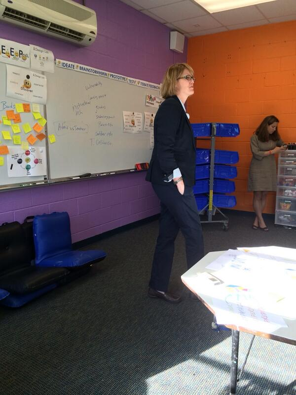 @scitechyEDU explains the growth of design thinking. Start with the users. #mvpschool #dtk12chat http://t.co/cdGsURYIcr