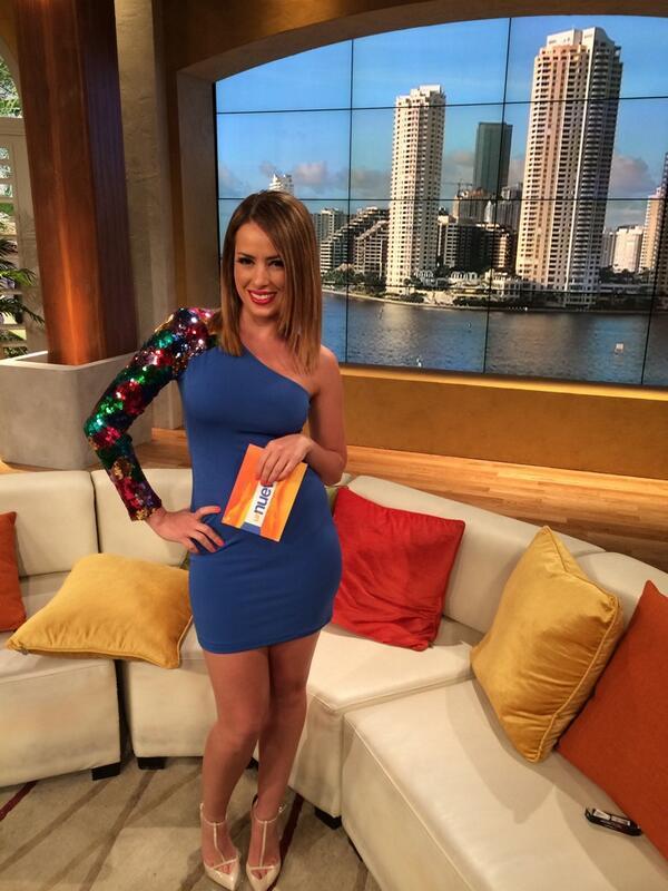 Mi último día en @UnNuevoDia @Telemundo con un vestido espectacular de @mmargaritamx les gustó? http://t.co/GO3ZYpqVHn