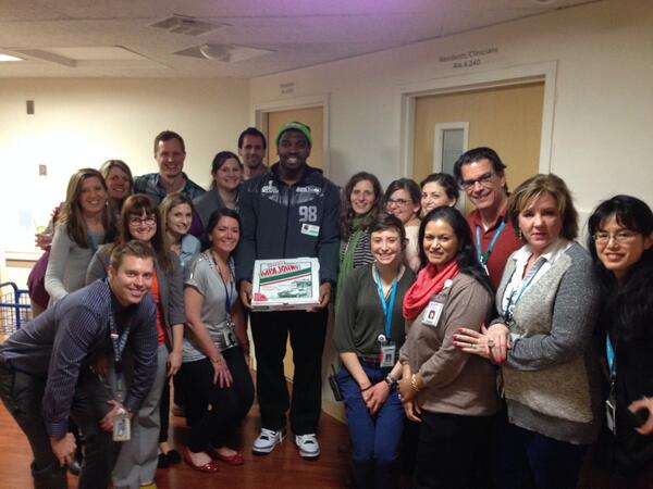 Thanks for bringing us pizza today @G_Scruggs !!! You were such a class act! http://t.co/tl4I9JDsEN