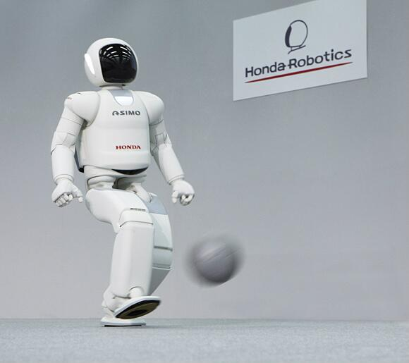 The newest version of ASIMO will make its N. America debut on LIVE with Kelly and Michael on Apr 15 @KellyandMichael http://t.co/kcbxkBRgYs