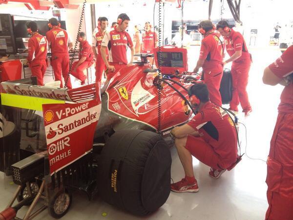 Retoques en Ferrari ...