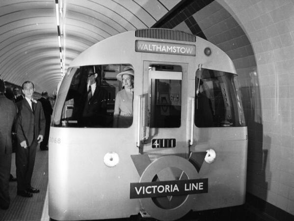 BkX0lBlCIAAESTI - The Victoria Line's really big 50th birthday! #2