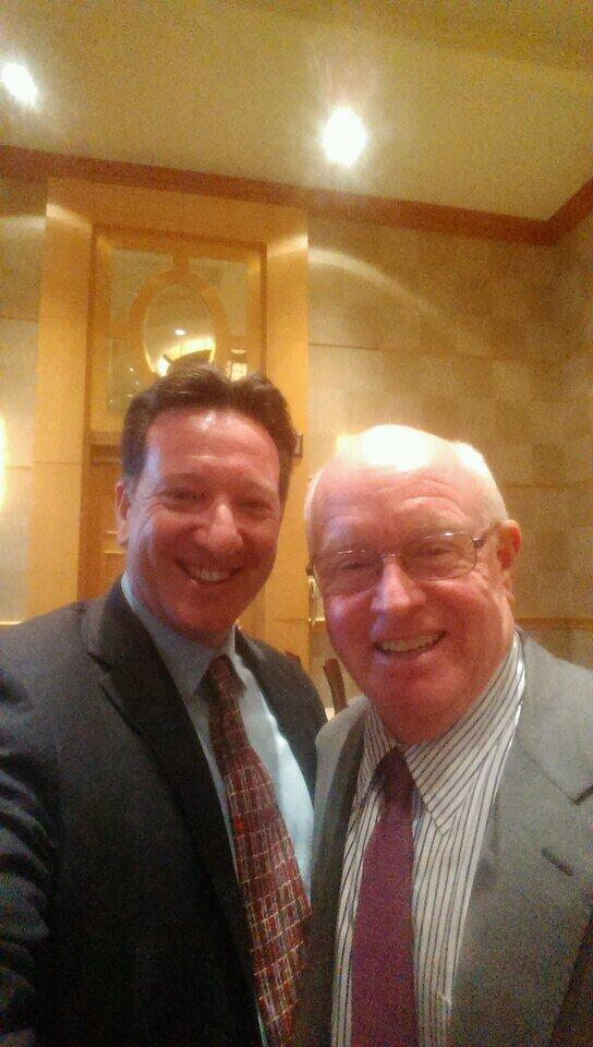 #CFVLC2014 #selfie with Bob Beall CEO #cff #cysticfibrosis #cfdad http://t.co/DvvbLYZf6h