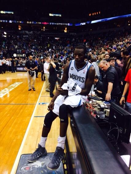 Gorgui with the game-winner!!! #Twolves win 112-110. #InstantClassic http://t.co/xjzdWtc8Di
