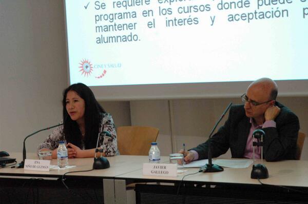 @Ena_NDGQ y @gallegodieguez sobre participación y mensajes salubristas desde el aula gracias a los #cortos http://t.co/Mateyym9oI
