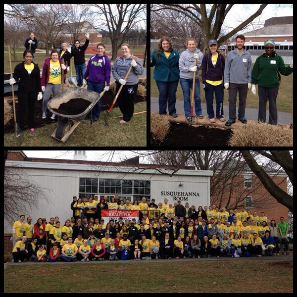 P.R.I.D.E. Day wouldn't be possible without all our volunteers!! #ecvolunteer14 http://t.co/cs5atPirFt