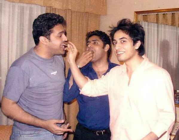 Old is gold. @AliZafarsays and @falamb3 http://t.co/5Vs6n5cqNH