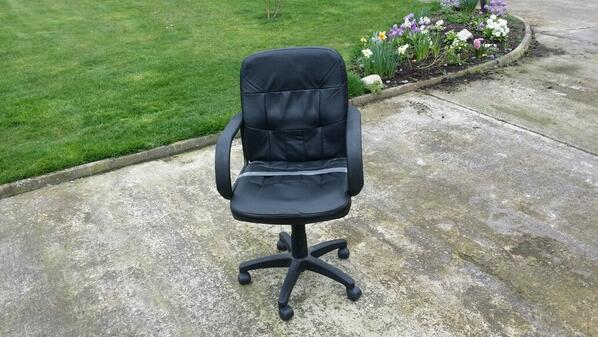 Ne 1 Have Old Office Chair Like