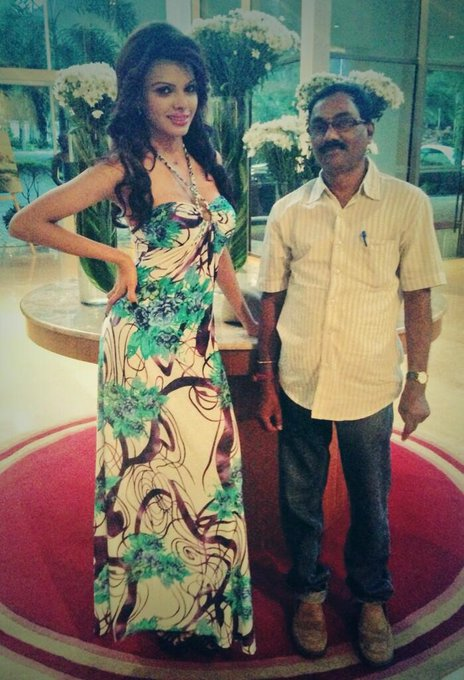 With Raju from Andhra Prabha for #BadGirl http://t.co/vxRlzbCUMh