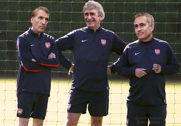 Why have Arsenal collapsed this season? Questions must be asked about their medical team #EFCvAFC http://t.co/rmBlrygZCg