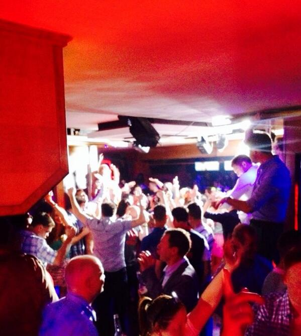 Another crazy night in Linekers last night! It's what we do best! Another 6 bookings tonight, Sunday session anyone?! http://t.co/FMptiC3Btf