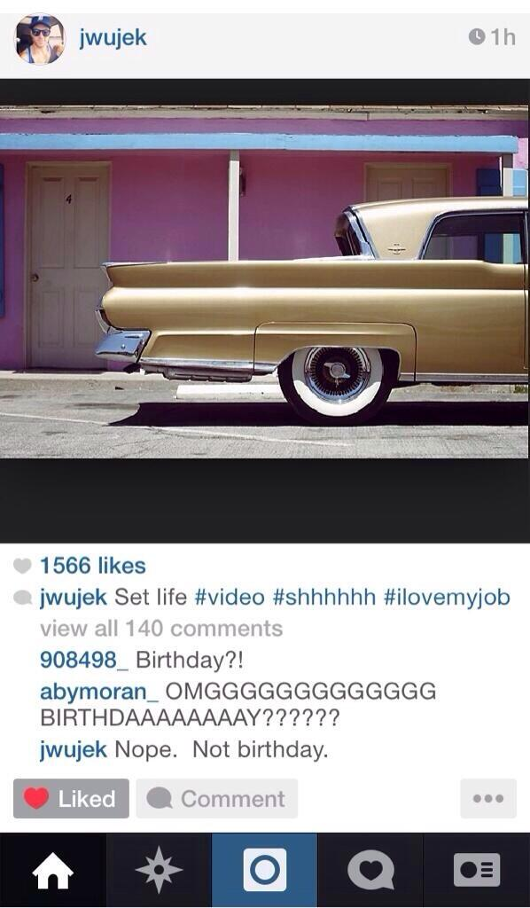 Videoclip » Birthday (+100M) Bkj2qMoIQAAO3Lg