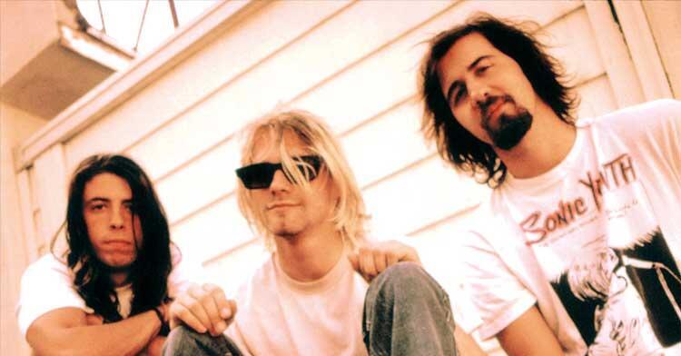 ?@KerrangMagazine: Kurt passed away 20 years ago this weekend ?@nirvana http://t.co/Oc6iFYVYbX http://t.co/xtpTYMjnfN? 20 years ago!!