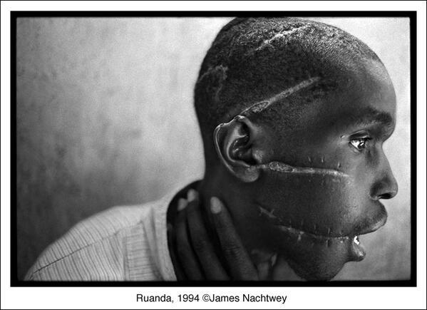 #Ruanda, 1994. Así retrato James Nachtwey el genocidio. Imagen ganadora del @WorldPressPhoto 1994 http://t.co/EcpZOr2Wkd