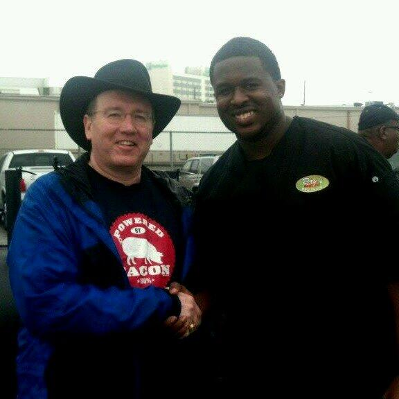 Met the great Herb Taylor of @RaysBBQ1 at @HouBBQ today. Super nice guy and turned out some spectacular food #HouBBQ http://t.co/hqQKKkvIoW