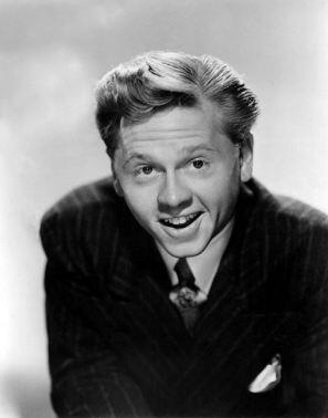 Wow. A sad day for comedy. RIP Mickey Rooney. http://t.co/AYCBWjoPd1