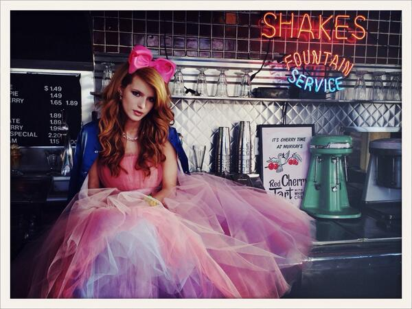 "Bella Thorne ⇨ single ""Call It Whatever"" BkmAlq7CMAAuUNL"