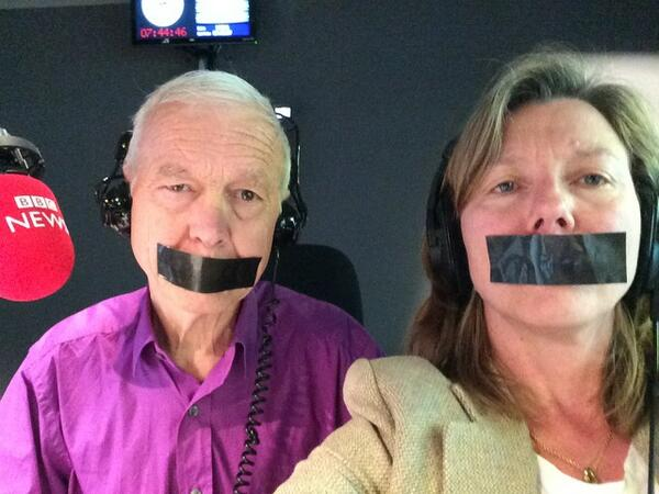 In the studio with John Humphrys to support jailed Al Jazeera journalists   #journalismisnotacrime http://t.co/mduArlVzDK