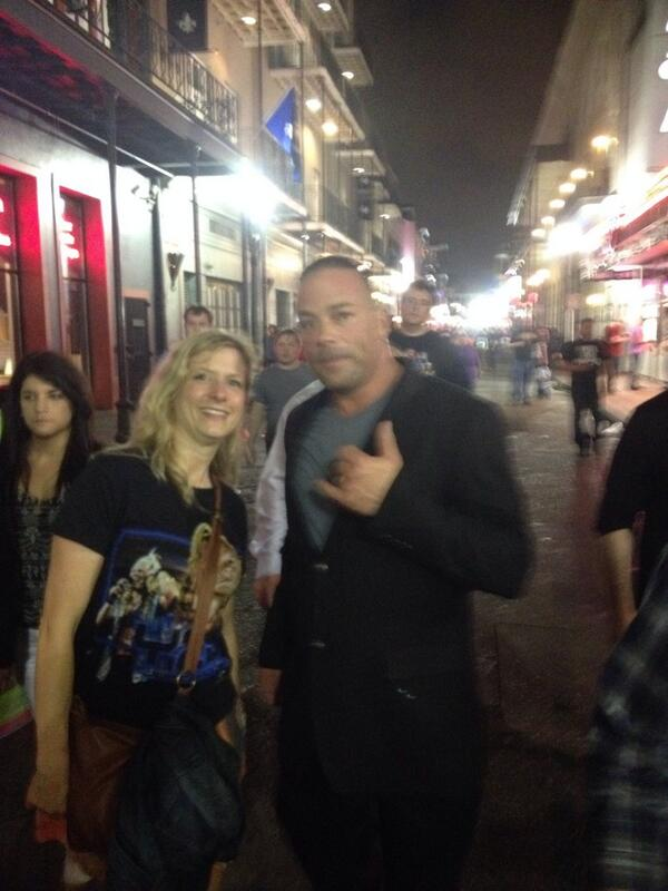 I have 16 chins but it's @TherealRVD !!!!! Thank you!!!! http://t.co/8oEDwzcZ3h