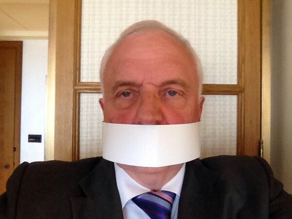 I'm keeping silent for one minute to protest at threats to journalism around the world #FreeJournalism #FreeAJStaff http://t.co/ih2ooAgoFf