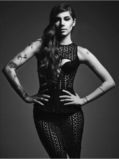 #christinaperri Testa, cuore e tatuaggi http://t.co/BMhXpmslXT L'intervista e le foto esclusive @christinaperri http://t.co/QI2VWz8iyr