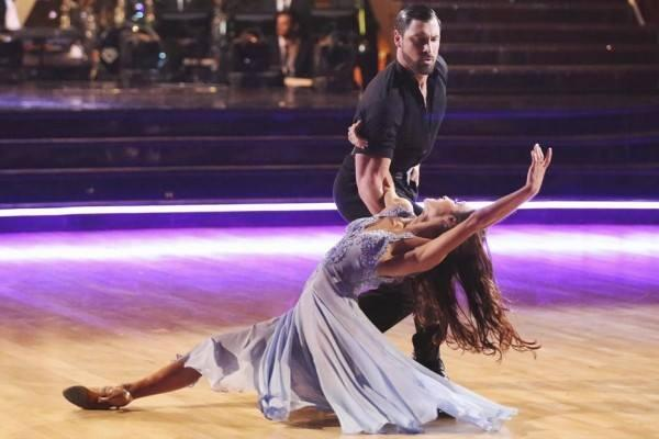 It's hard to imagine these two not dancing together! Which stars would make a good team on tonight's #DWTS Switch Up? http://t.co/3fgChn9CCg