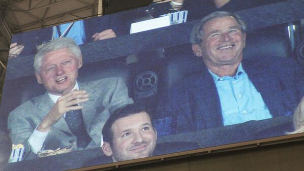 Former Presidents George W. Bush and Bill Clinton in suite, and #Romo scored the photobomb #CBSDFWFinalFour http://t.co/5KbqGOwxEM