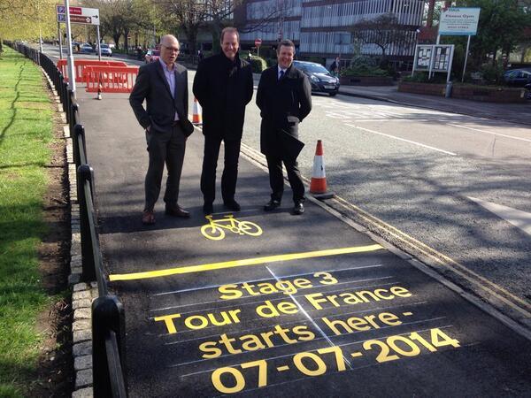 The start line for Cambridge's leg of #TDF @letour. Christian Prudhomme (centre) Director of Le Tour De France. http://t.co/I6ZivQvE00