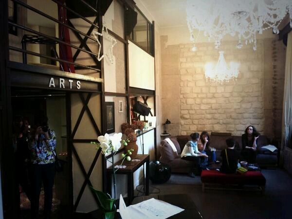La soiree se deroulera dans un magnifique appartement d'.@habitatParisien • #estory #Paris http://t.co/PZTwMU7qBI