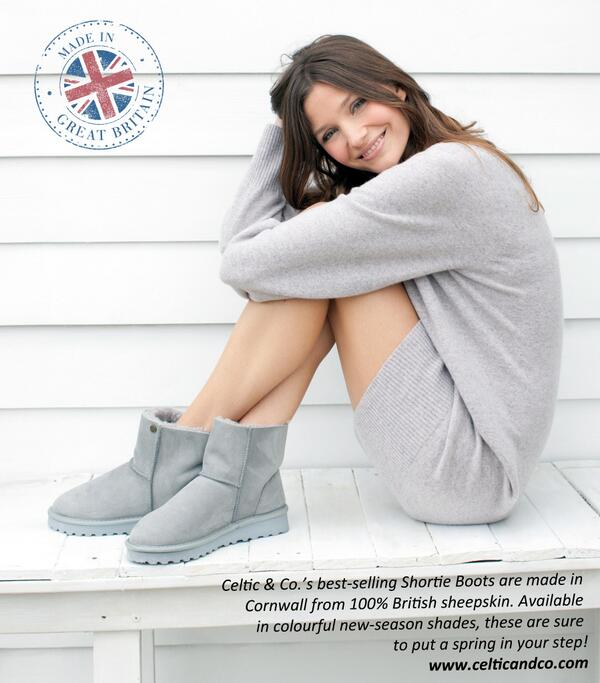 #COMPETITION We are giving away a pair of Colour Shortie Boots worth £110! Re-tweet & follow to enter. Ends 5th May! http://t.co/nkrLcUtbzi