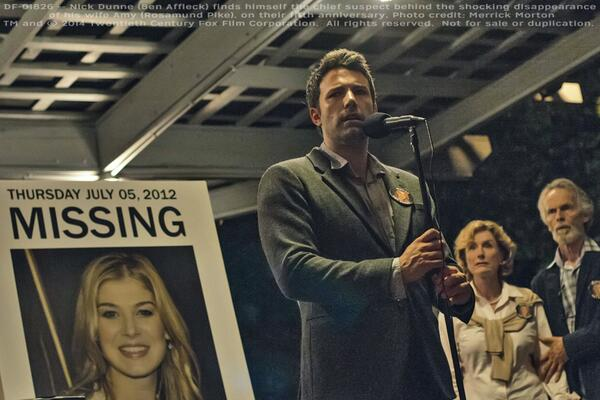 GONE GIRL | Upcoming David Fincher film cut by Oscar-winning editor Kirk Baxter ACE, exclusively w/ #PremierePro CC http://t.co/znpksAFoC8