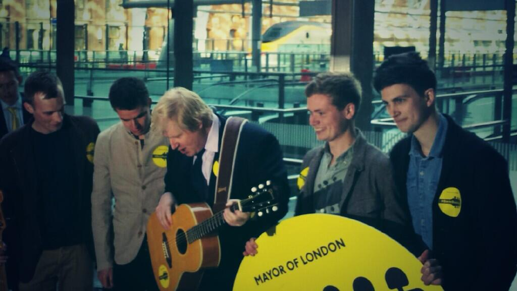 At St Pancras Station to wave off @thekingsparade who are heading to Paris & launching #Gigs2014 #backbusking http://t.co/IJx3VO7xJq