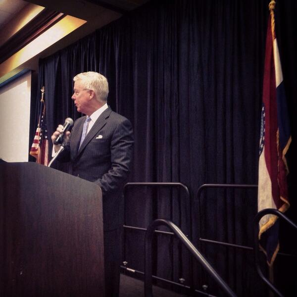 We are thankful to have had MO Lt. Gov. @PeterKinder speak to our 450 pharmacists/students @TheMPA for #LegDay2014 http://t.co/4hAfW20YKM