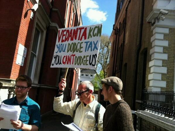 Foil Vedanta protesters outside the Zambian High Commission in London last April. Picture courtesy of Crossfire Blogradio.