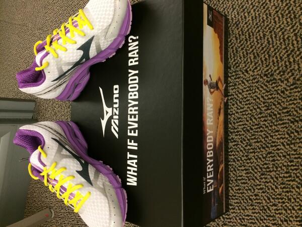 Truly inspired by @Mizuno_Running new #ifeverybodyran campaign & @backonmyfeet Running = magic http://t.co/Aq3lSQq4r8