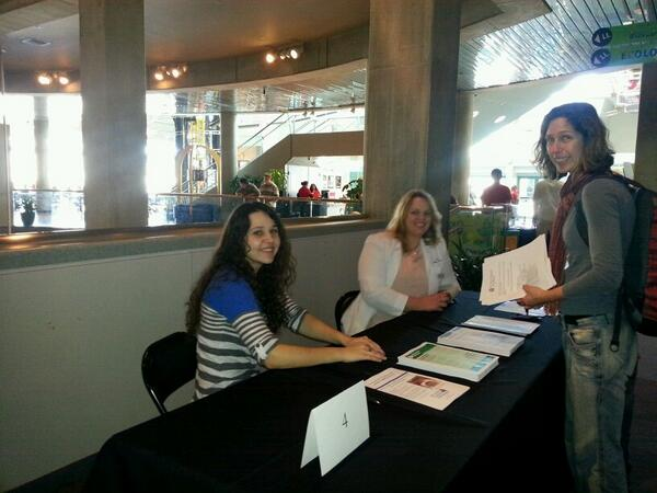 Learn how to properly dispose of medicines @SLSC with @STLCOPedu students #p2d2 http://t.co/LYlKo5JStw