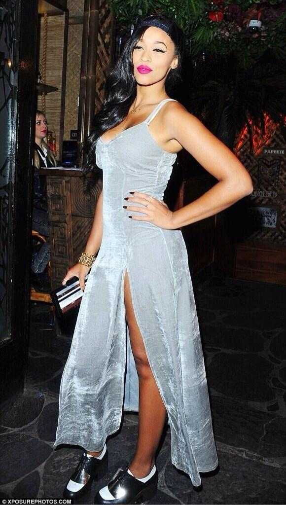 """@BET_Intl: UK singer @OfficialTamera is looking stunning in this picture. http://t.co/OMBQSsnO3B"" Thanks BET 😚"