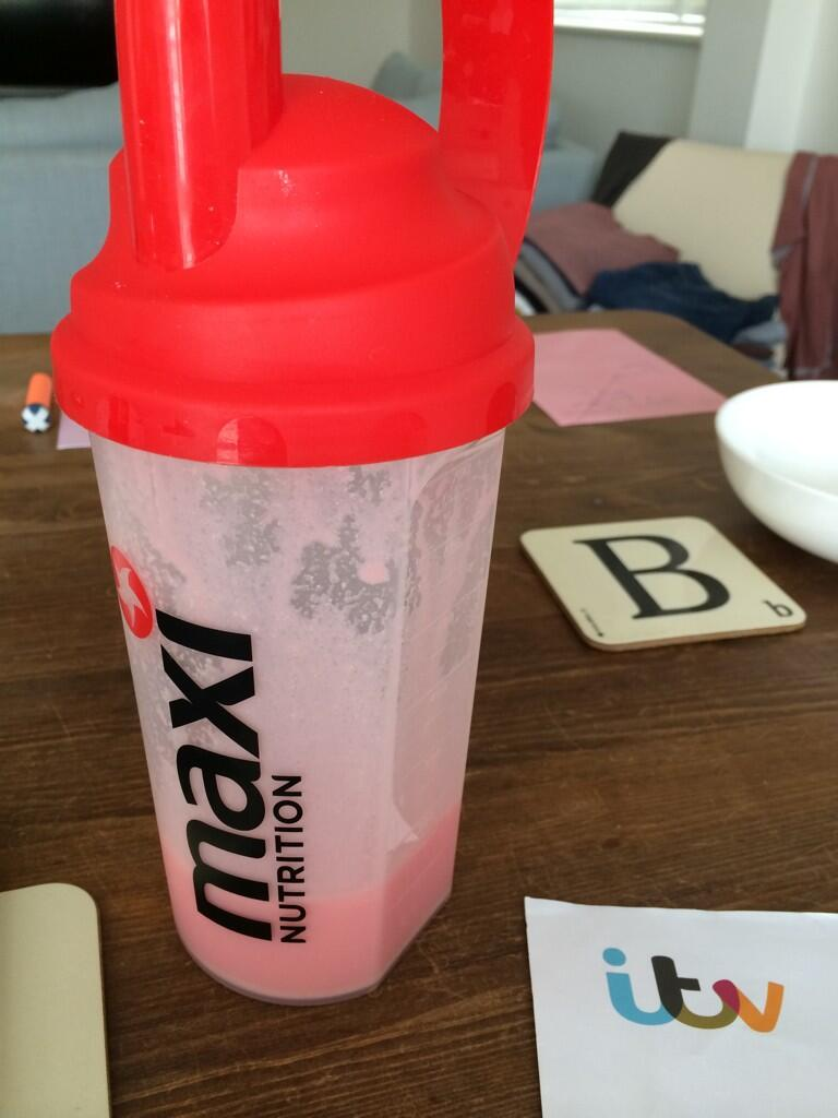 I like my @MaxiNutrition shake with milk but can't quite deal with it when mixed with water.. What do you prefer? http://t.co/m6xaKSDYKV