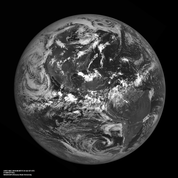 Happy #EarthDay. Here's a picture of the Earth from the Moon, courtesy of my on-board cameras! http://t.co/bUcla6atBl