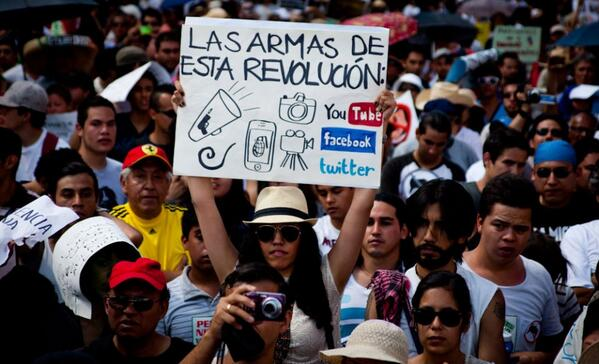#EPNvsInternet: Protesta en México para defender la red http://t.co/XBKmMTrN8S http://t.co/UUtG11PEQd
