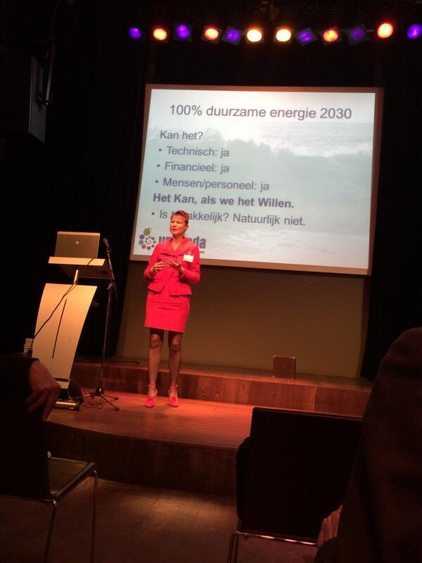 @urgenda In 2030 helemaal over op duurzame energie! Top! @nicob001 #verbondensamenleving http://t.co/JAPHNGeiFk