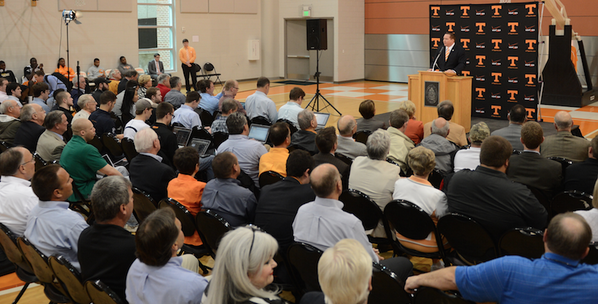 Staff, alumni and media listen as @UTCoachTyndall introduces himself to Rocky Top - http://t.co/uyf19dyP0F