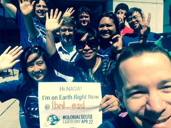 More earth scientists making every day an earth day @BerkeleyLab! Thanks @NASA for hosting a #GlobalSelfie! http://t.co/MFSmypDLgf