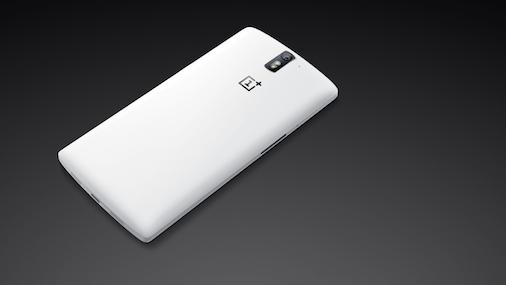 موبايل اسطورة 2014 OnePlus Bl44zxDIgAES4i2.png