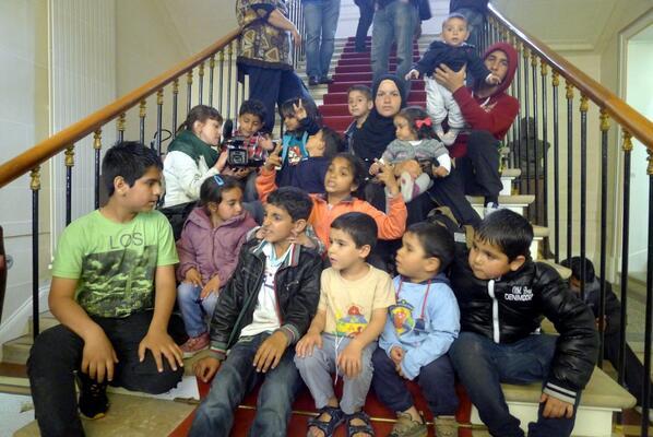 Thumbnail for Réfugiés Syriens de #Saint Ouen : compil LT