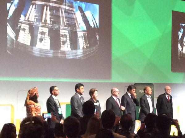 President Dilma Rousseff, Vint Cerf, and others on stage at #netmundial2014 opening http://t.co/TDkSovWOYa