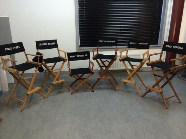 Lights, camera, assemble! @MarkRuffalo @ChrisEvans #AvengersAgeOfUltron http://t.co/X972pscJCz