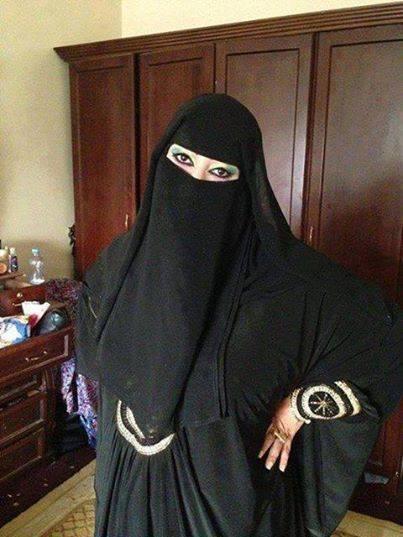 بنت اليمن احلي بنيه ^^